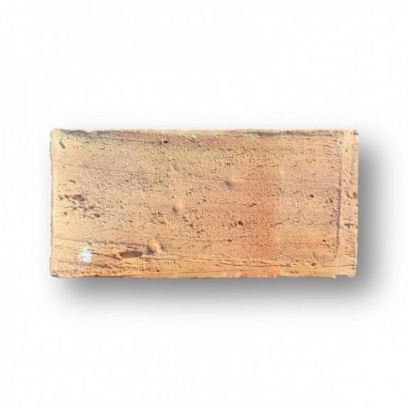 Mahon de 14x29x3 cm aprox. Manual rojo